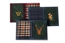 Dárková sada pánských kapesníků - kombinace vyšívaného kapesníku s kapesníkem pestře tkaným, lovecké motivy (srnec, jelen, lesní rok, tetřev, bažant) - 2 ks ( kód M 18 )